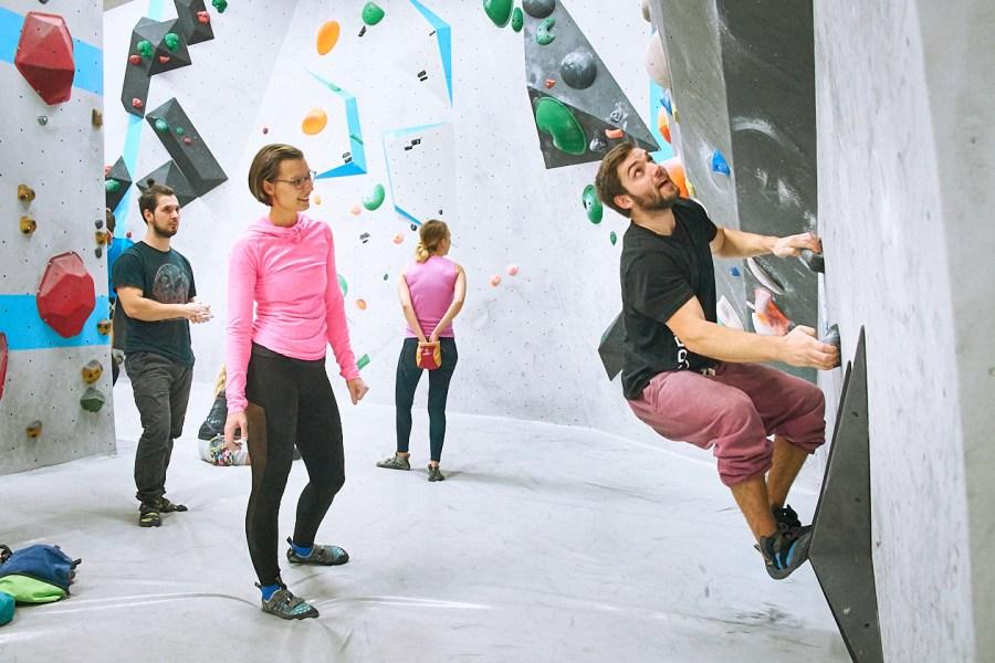 Tech-Session in der Boulderwelt Frankfurt Event für mehr Technik beim Bouldern