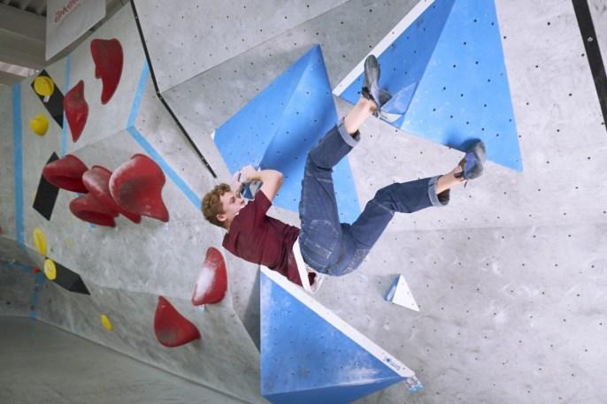 2018-Boulderwelt-Frankfurt-Bouldern-Klettern-Event-Veranstaltung-Spasswettkampf-day-of-the-boulder-DSF3422
