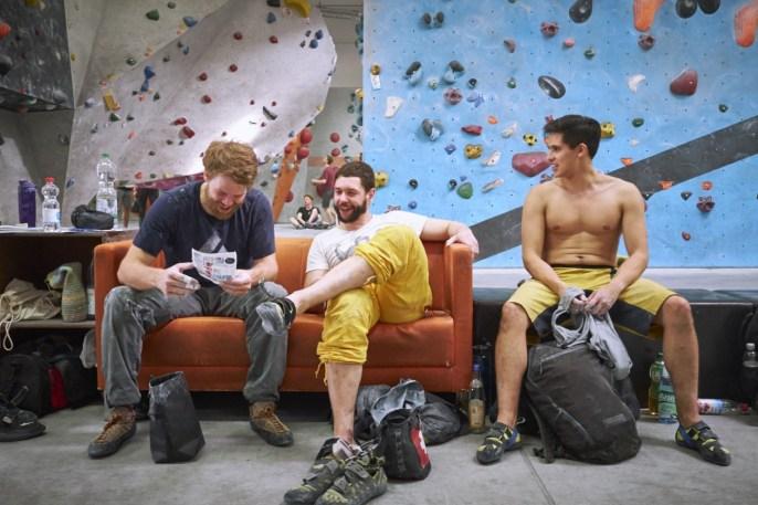 2018-Boulderwelt-Frankfurt-Bouldern-Klettern-Event-Veranstaltung-Spasswettkampf-day-of-the-boulder-DSF3585
