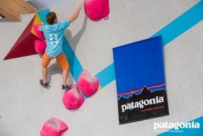 2013-10-01-patagonia_boulderwelt_soulmoves_1