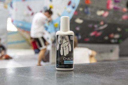 Unsere Boulderwelt Produkte wie unser Boulderwelt Liquid Chalk aus unserem Shop