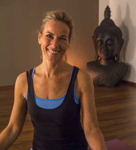 2015_Yoga_MartinaWIesent-7018