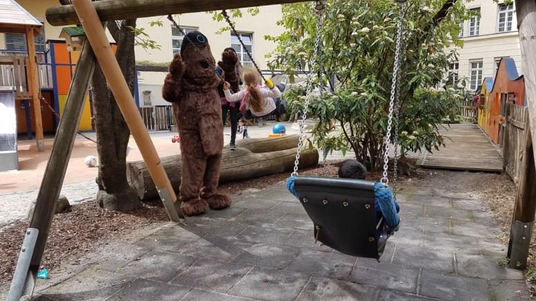 2017-05-11 Yaffi im Kinder-Krankenhaus 06