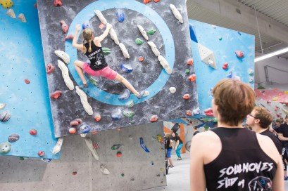2016-boulderwelt-regensburg-event-spasswettkampf-soulmoves-sued-9-bouldern-klettern-1501