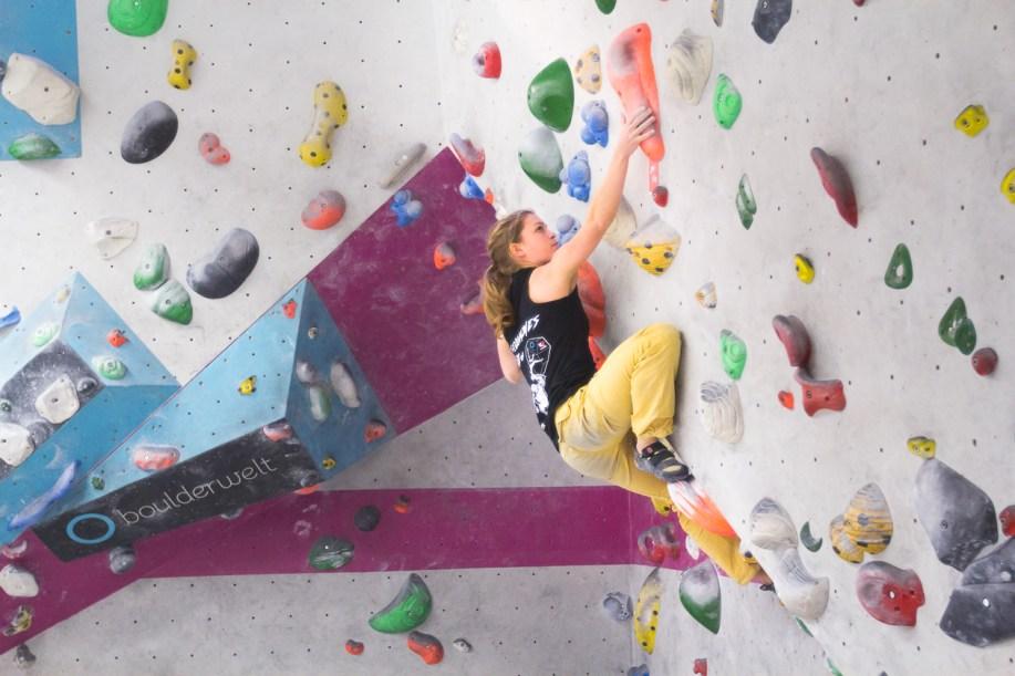 2016-boulderwelt-regensburg-event-spasswettkampf-soulmoves-sued-9-bouldern-klettern-1644