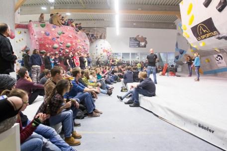 2016-boulderwelt-regensburg-event-spasswettkampf-soulmoves-sued-9-bouldern-klettern-1784