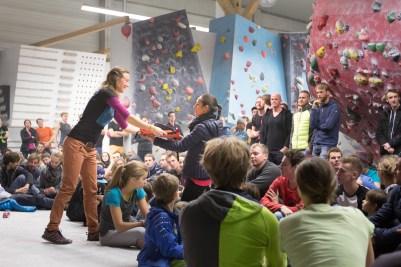 2016-boulderwelt-regensburg-event-spasswettkampf-soulmoves-sued-9-bouldern-klettern-1808