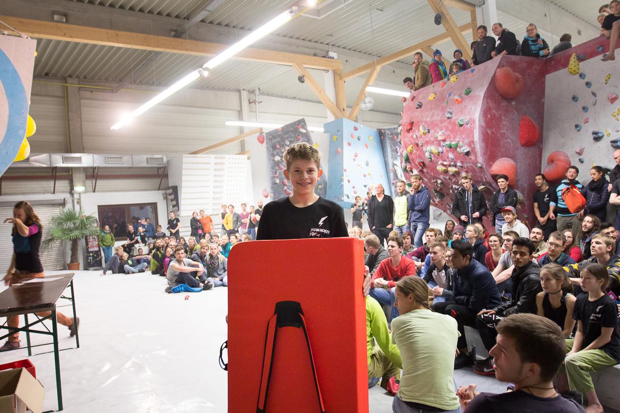 2016-boulderwelt-regensburg-event-spasswettkampf-soulmoves-sued-9-bouldern-klettern-1817