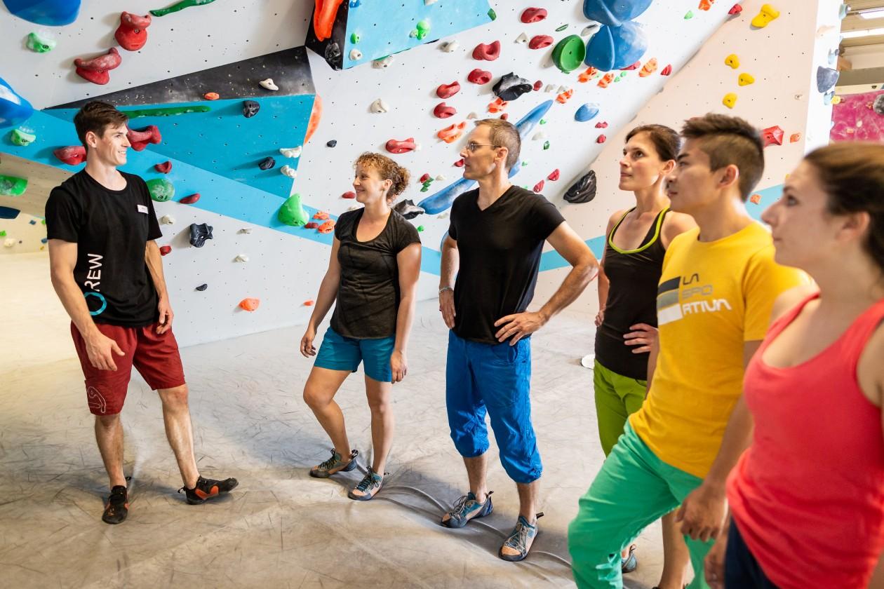 2018-Boulderwelt-Regensburg-Bouldern-Klettern-Boulderspass-Einführung-ins-Bouldern