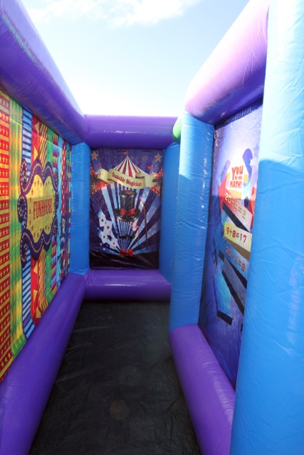 wheel chair dimensions leather and ottoman sets carnival fun house rental dallas, tx | inflatable maze