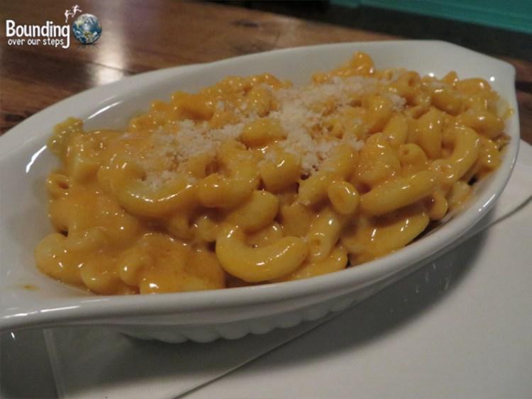 Hogtown Vegan - Macaroni and Cheese