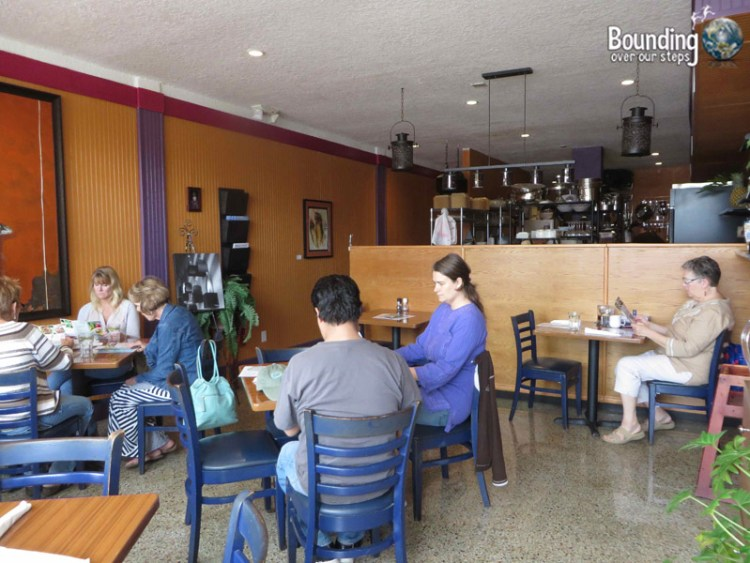 Leafy Greens Cafe - Raw Vegan - Dining Area