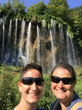 Vegan in Croatia - Plitvice Lakes National Park - Selfie at the Waterfalls