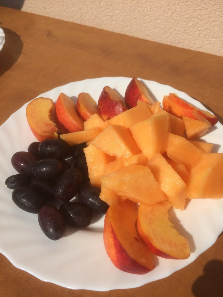 Being Vegan in Bosnia and Herzegovina - Breakfast of fresh fruit
