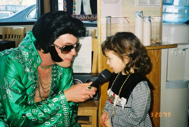 Sarina Farb meeting Elvis
