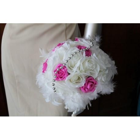 Bouquet De Marie Rond Fuchsia Avec Roses Perles Et