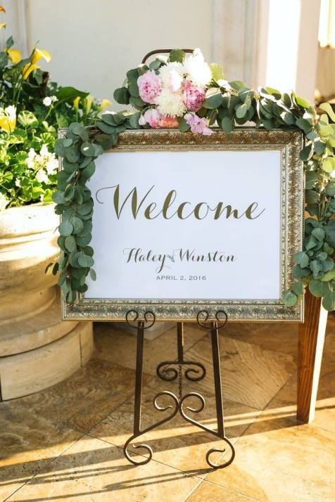 Garland for welcome sign.