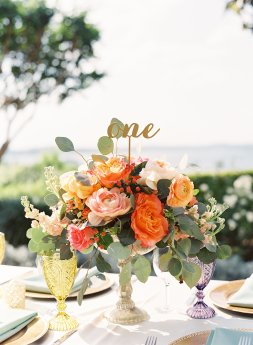 colorful table arrangement villa del lago
