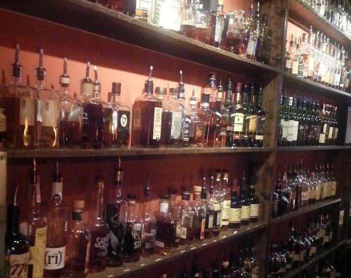 Legendary Whiskey Bars: Ohio's Lizardville