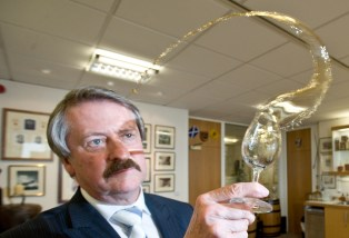 Whyte & Mackay Master Blender, Richard Paterson named 'Whisky Ambassador of the Year'
