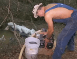 How do you make moonshine? Tim Smith Moonshiners