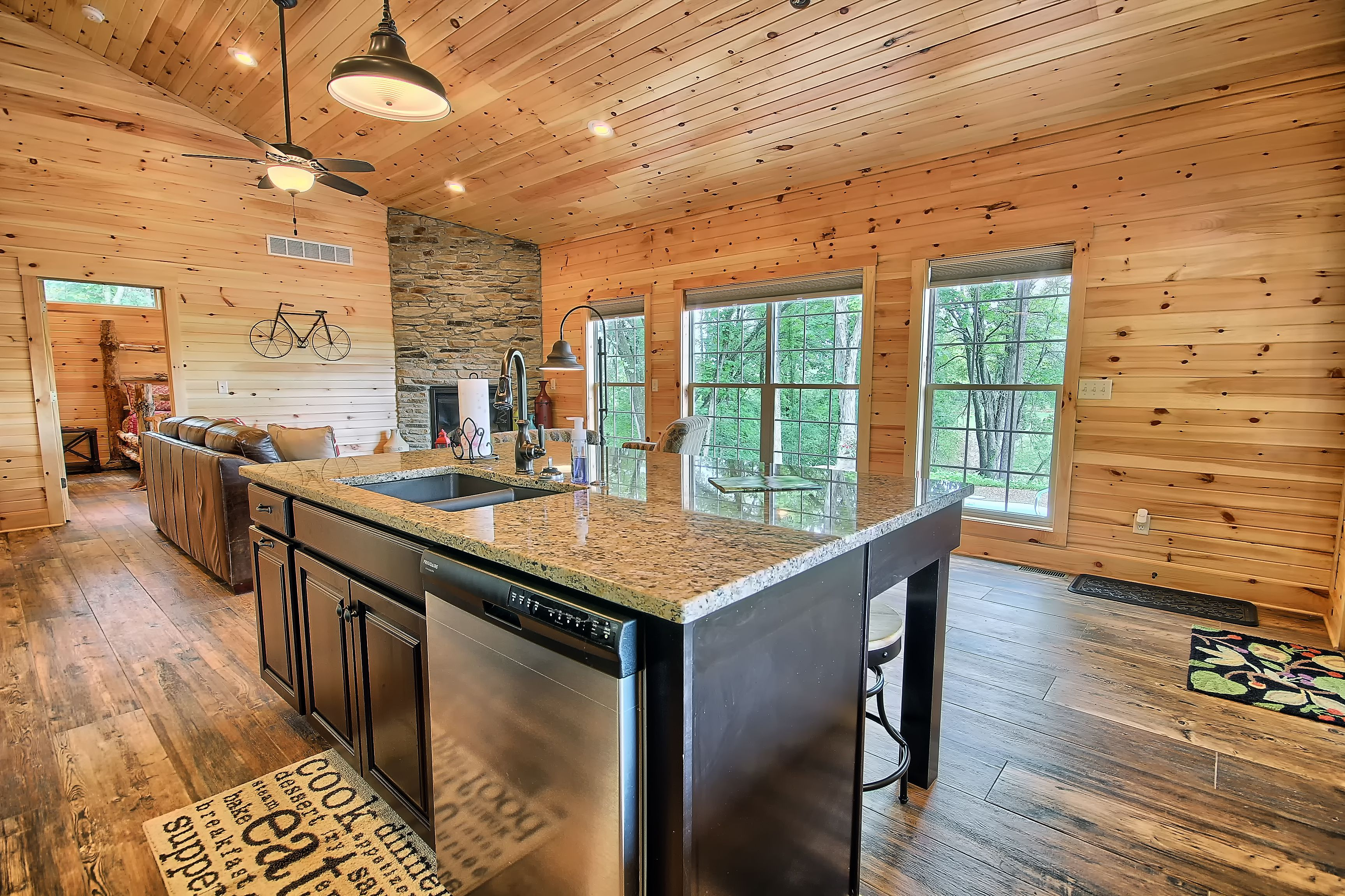 The Bookers Luxury Cabin Hocking Hills Luxury Lodges