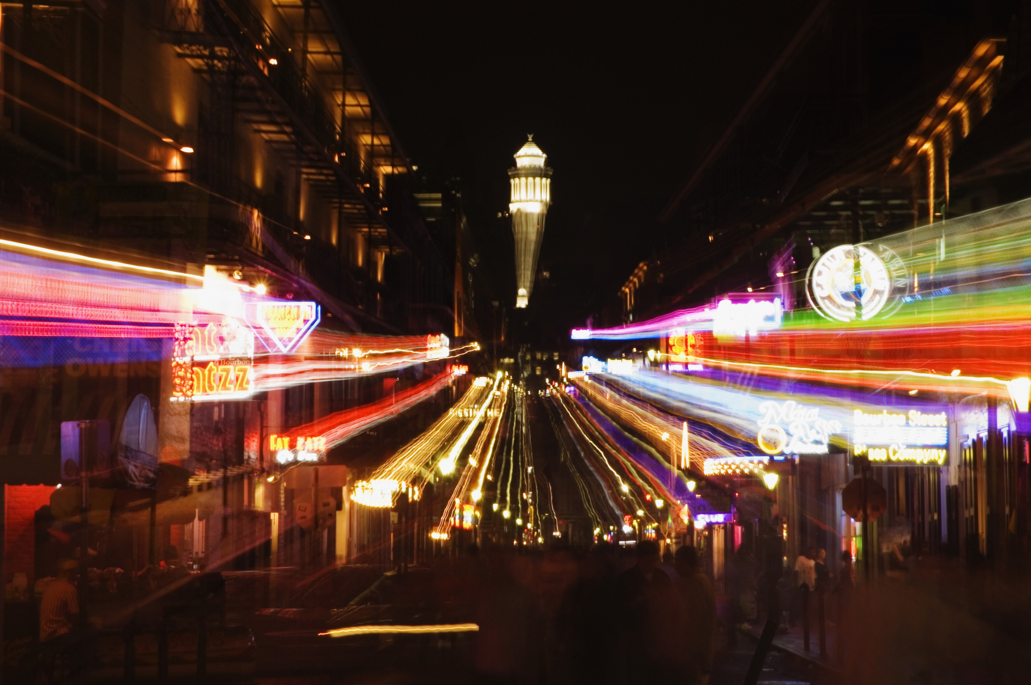 Things to do on bourbon street bourbon street hotels for Best things to do in french quarter