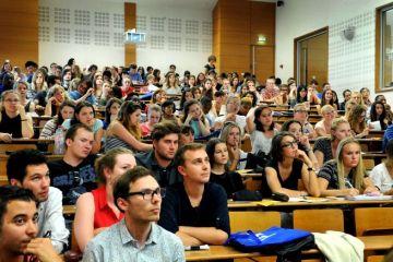 Formation en France à l'université Clermont-Auvergne