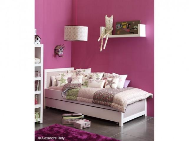 deco chambre fille rose fushia