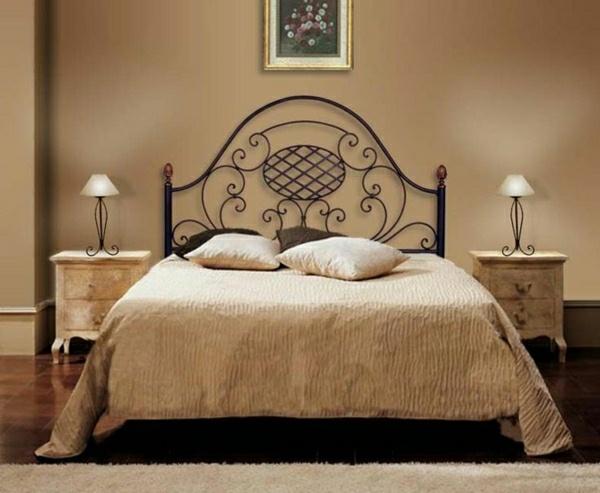decoration chambre avec lit fer forge