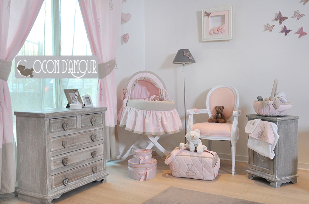 deco chambre bebe rose et taupe