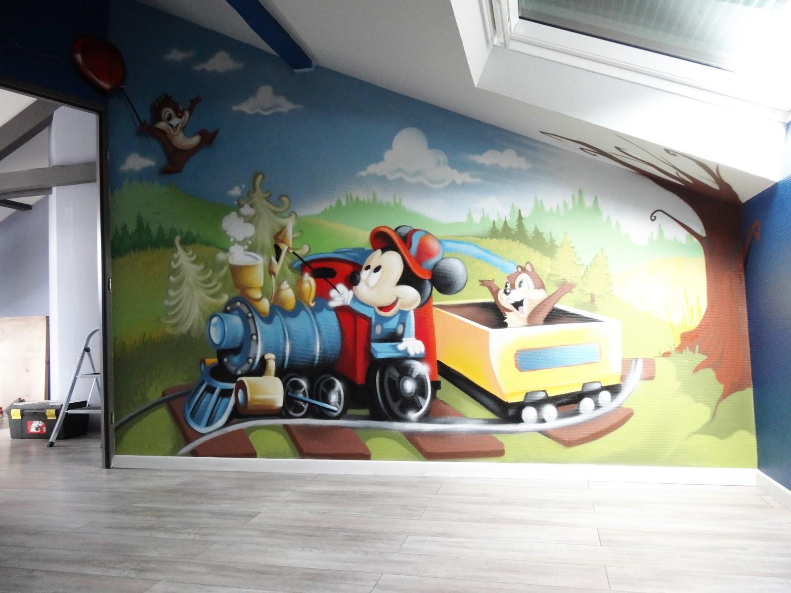 decoration de chambre mickey
