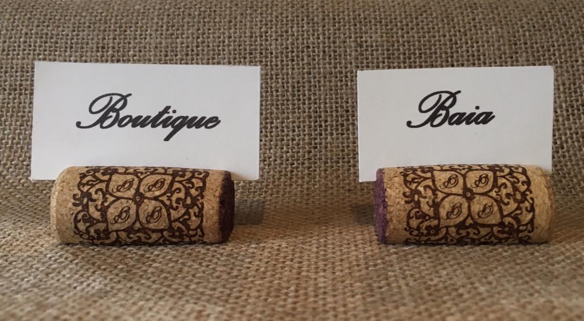 marque place bouchons en liege porte noms deco mariage