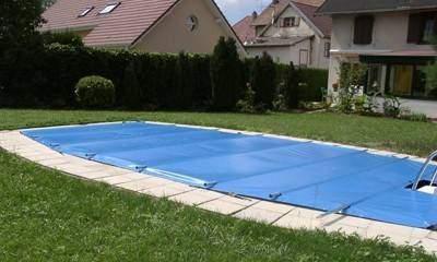 couvertures sur mesure pour piscines