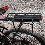 EKKONG Porte Bagage vélo arrière, Alliage d'aluminium Réglable vélo Porte Bagage avec Réflecteur pour Cyclisme Sport de Camping, Charge maximale 90 kg