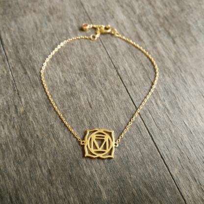 Bracelet plaqué or chakra racine