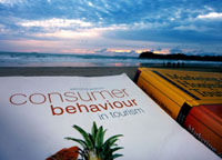 Study while Travelling with Distance Learning - Life in Southeast Asia