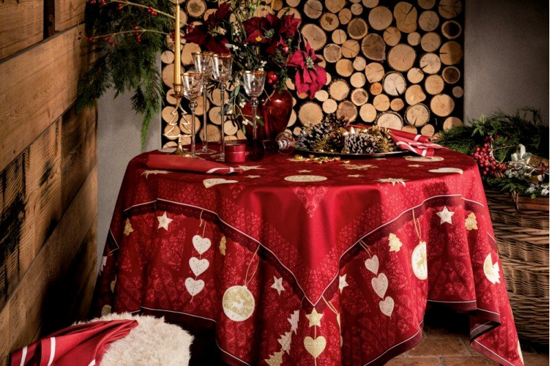 LHiver Winter Joy Red tablecloth French luxury Christmas
