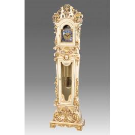 Straordinari segnatempo a pendolo a colonna, a parete e altri modelli che variano dal classico al moderno con utilizzo di diversi materiali. Orologi Da Salone