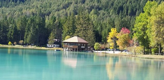 5 great mountain lakes to visit in the Dolomites