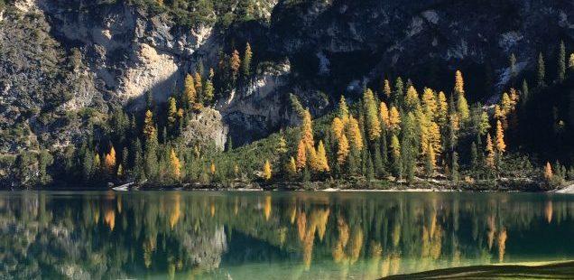 Autumn colors at Lake of Braies