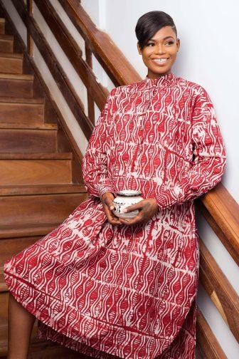 Robe rouge par Mablé Agbodan _ IIMG_7213