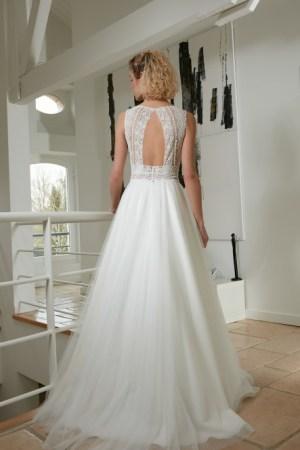 robe de mariée rimini collection bochet, dentelle et tulle fluide, style champêtre, bohème chic
