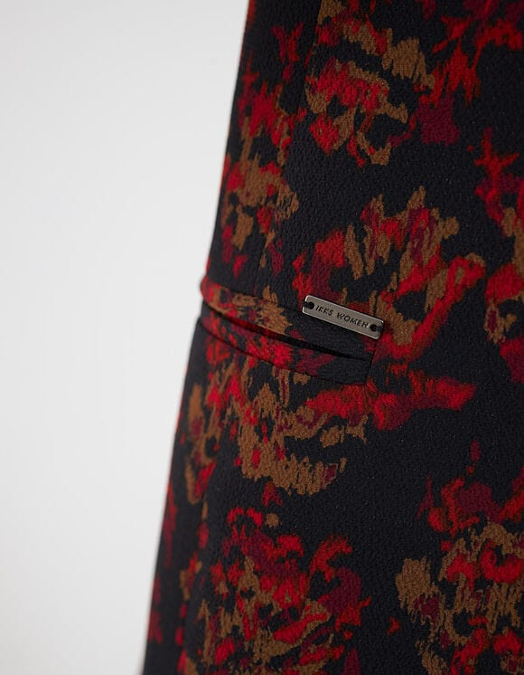 veste de tailleur fleuri rouge et noir