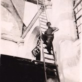 Herbouw na brand in Jouster kerk (H. Hoogland) rond 1941