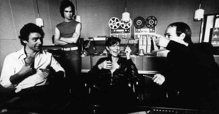 "Robert Fripp, Colin Thurston, David Bowie and Brian Eno recording ""Heroes"", Berlin, 1977"