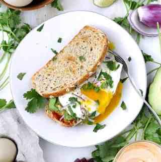 The BEST Vegetarian Breakfast Sandwich
