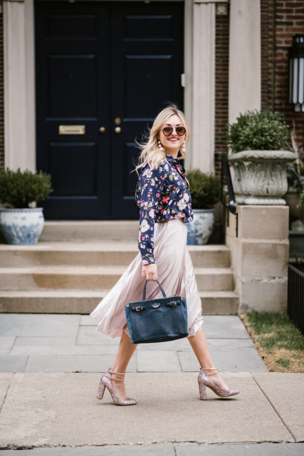 Easy Spring Outfit Floral Blouse Pleated Midi Skirt