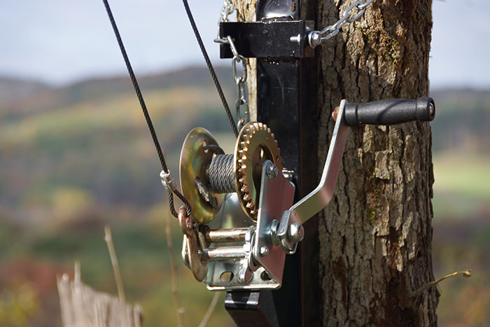 Review of the Kwik Hoist by Viking Solutions  by Bowsitecom