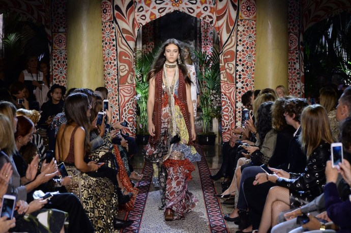 mode hippie chic roberto cavalli